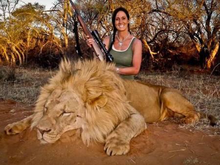 v3-Melissa+Bachman+dead+lion